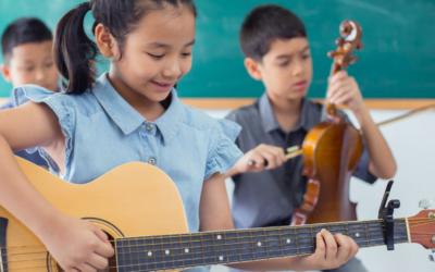 Come la Musicoterapia a scuola risolve il rifiuto del bambino