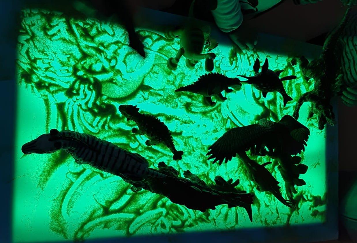tavolo magico arteterapia luci colori