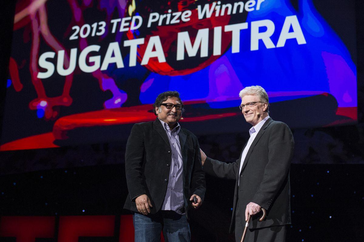 Sugata Mitra Hole in the wall autoapprendimento